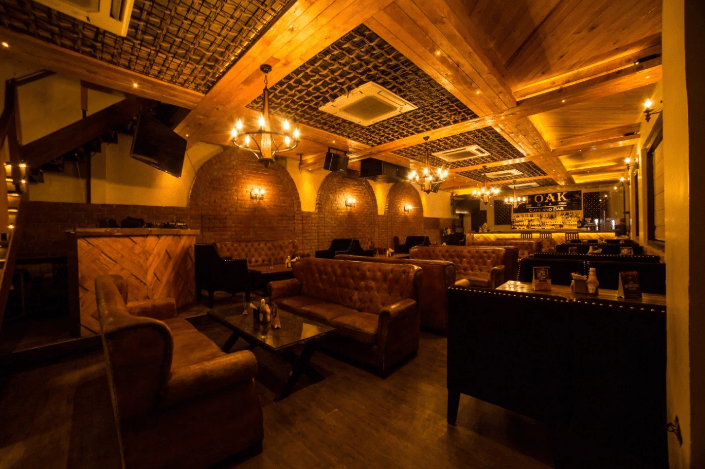 1 oak cafe   bar a perfect corporate party place