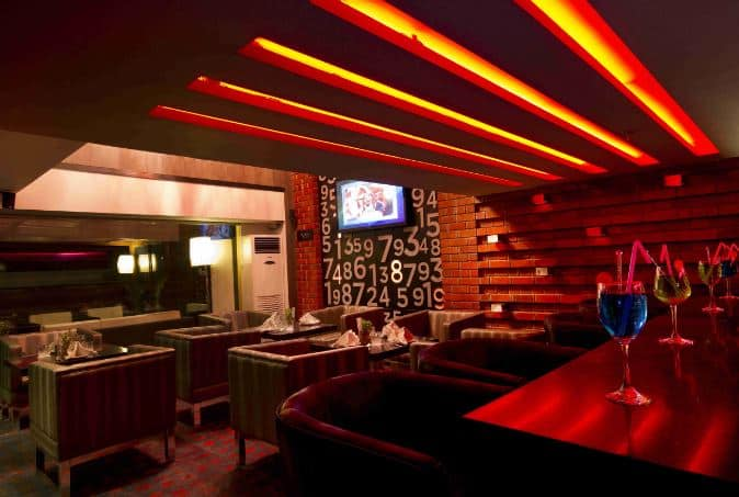 30 60 bar - the fern residency a perfect corporate party place