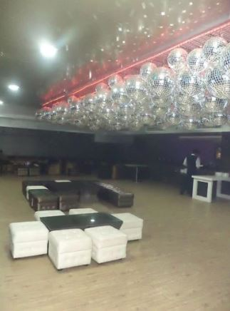 5 c r lounge a perfect corporate party place