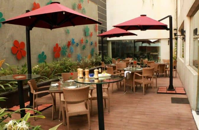 alfresco cafe - keys hotel a perfect corporate party place