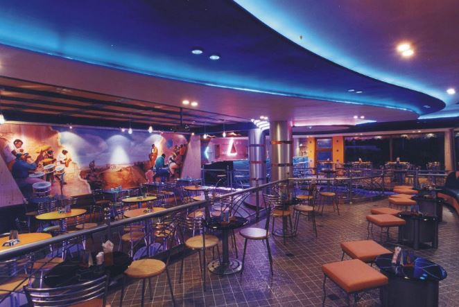 apache fluid lounge a perfect corporate party place