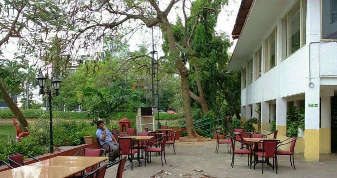 Birthday party at lobby lounge - taj banjara Banjara Hills