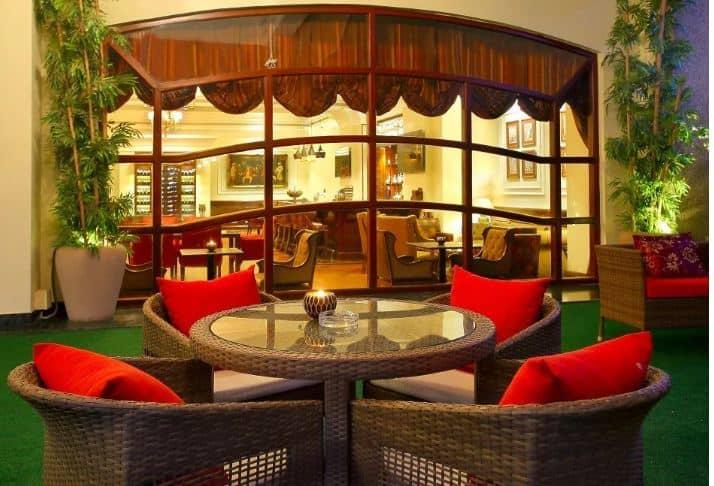 Birthday party at lounge   bar - eros hotel Nehru Place