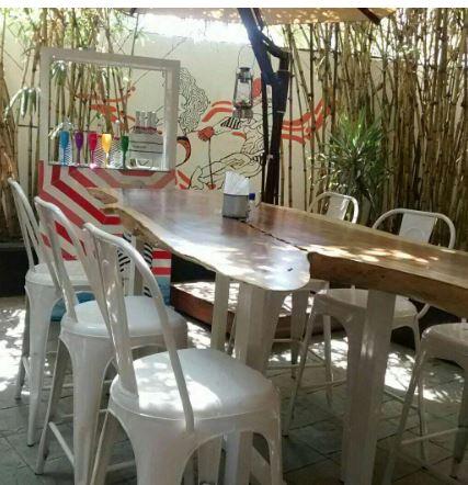 Birthday party at raasta cafe Rasta Peth