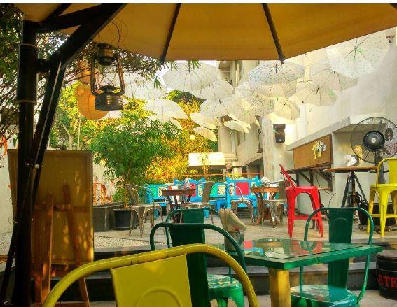 Bollywood Theme Party at raasta cafe