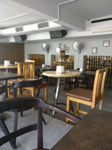 boozers bar and kitchen a perfect corporate party place
