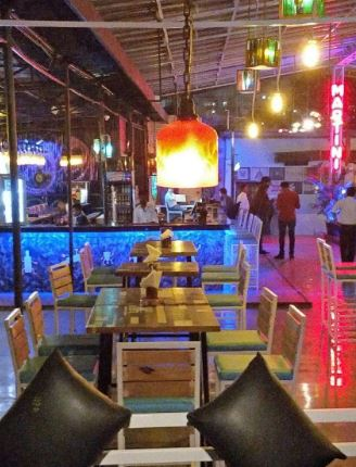 bottlerock restaurant and bar a perfect corporate party place