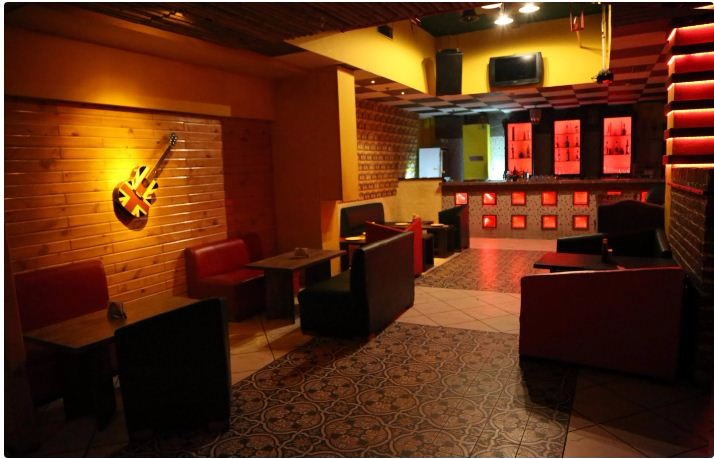 cafe cruise a perfect corporate party place