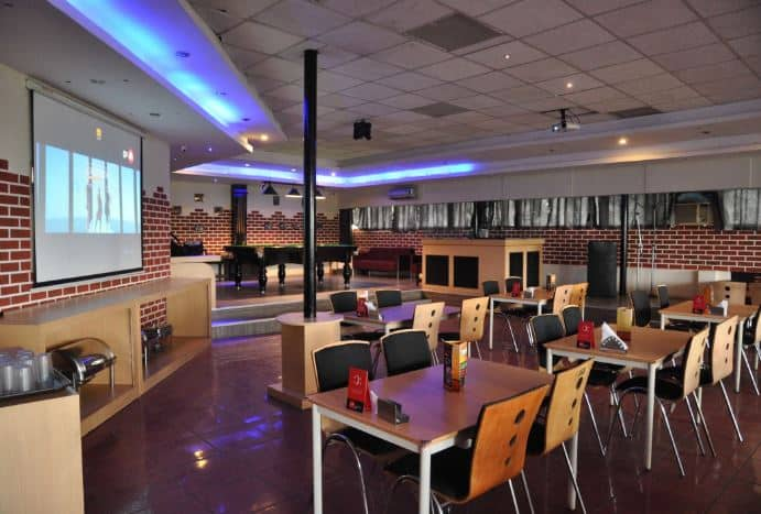 caramba strikers sports bar and lounge a perfect corporate party place
