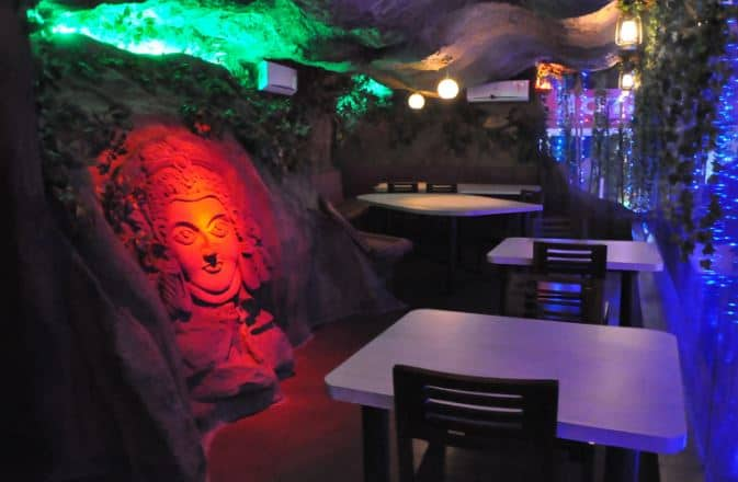 cave n dine a perfect corporate party place