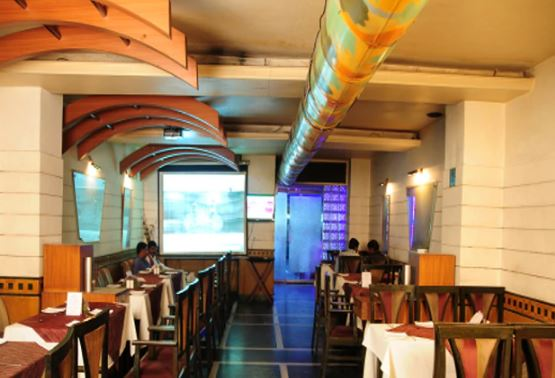 chief guest bar and restaurant a perfect corporate party place