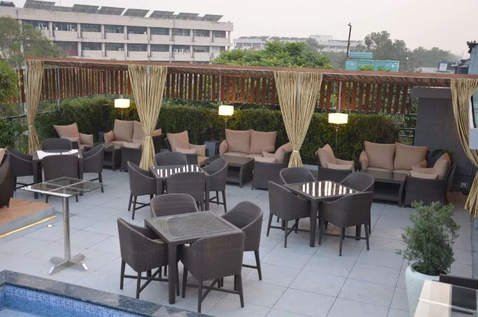 city cabana a perfect corporate party place