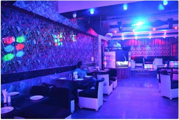 delly belly a perfect corporate party place