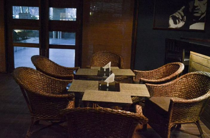 exclusive party package of godfather lounge and jazz bar