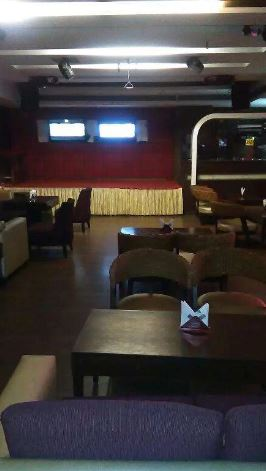 exclusive party packages of hangout - lounge bar