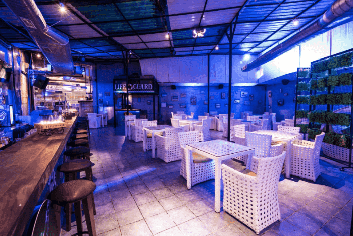 hinglish - cafe beach bar a perfect corporate party place