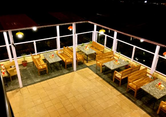 hitbhuk mitbhuk a perfect corporate party place