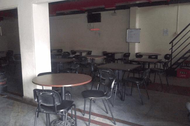 Davis Bar And Restaurant