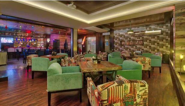 District 9 Lounge