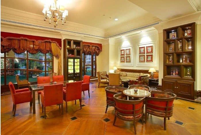 Lounge & Bar - Eros Hotel