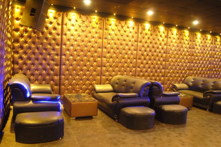 Mynt Bar & Lounge