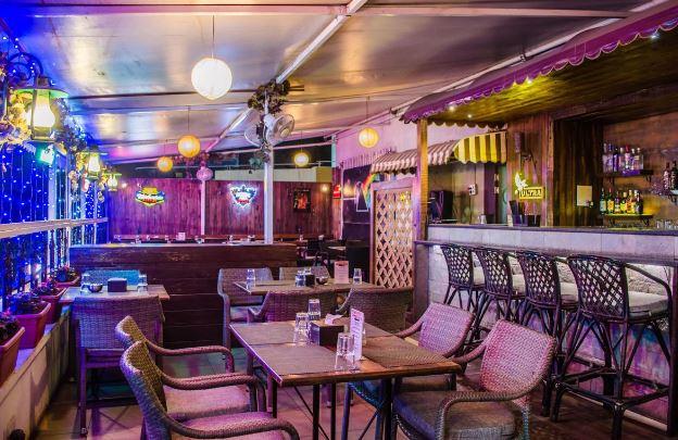 Rock Salt : Sky Bar at Salt Kitch N Bar