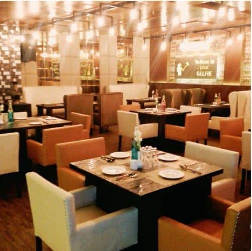 Selfie Lounge Restro & Bar