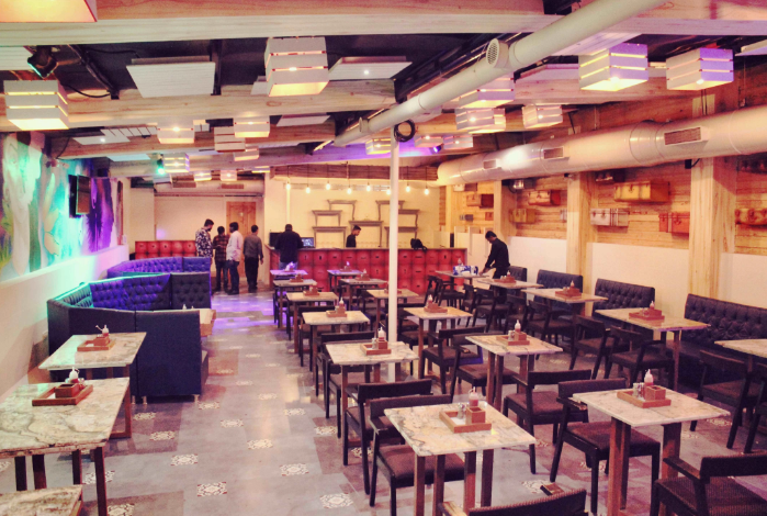 Interior of trioz Vile Parle West