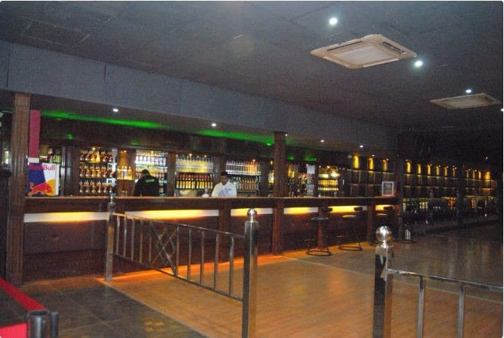 mynt bar   lounge a perfect corporate party place