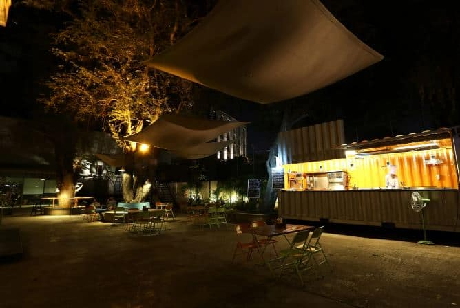 out of the box - hotel greenpark a perfect corporate party place