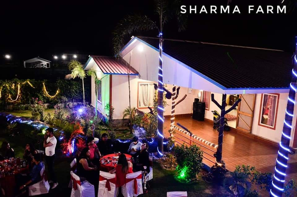 Parties Pictures of Farmhouse 3010 - Sector 135 Noida