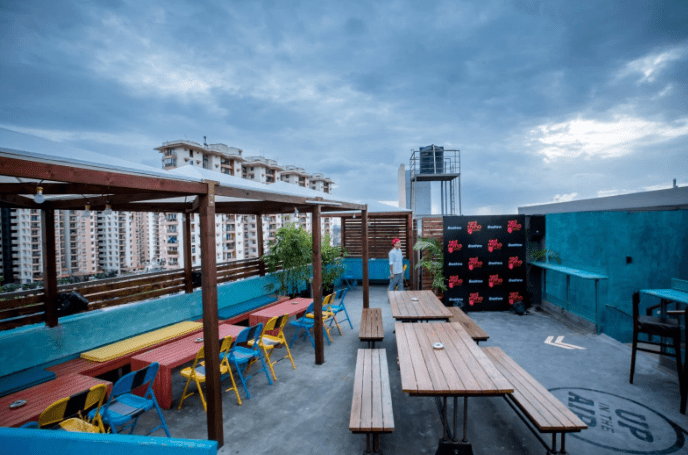 red rhino a perfect corporate party place