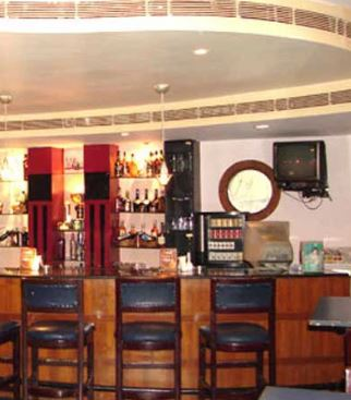 scarlet bar a perfect corporate party place