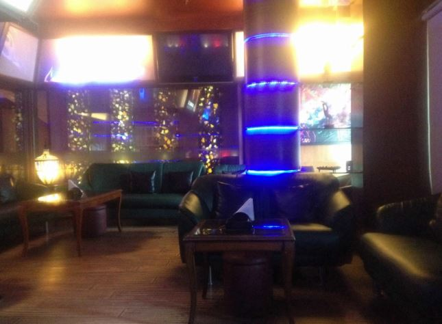 score a perfect corporate party place