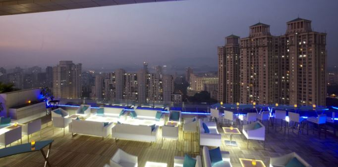 Terrace Party at breeze lounge