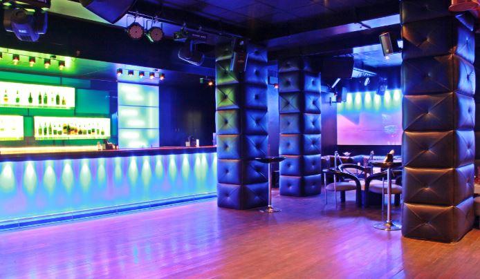 Terrace Party at club escape