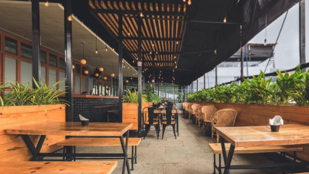 Terrace Party at jonky cafe and brewery