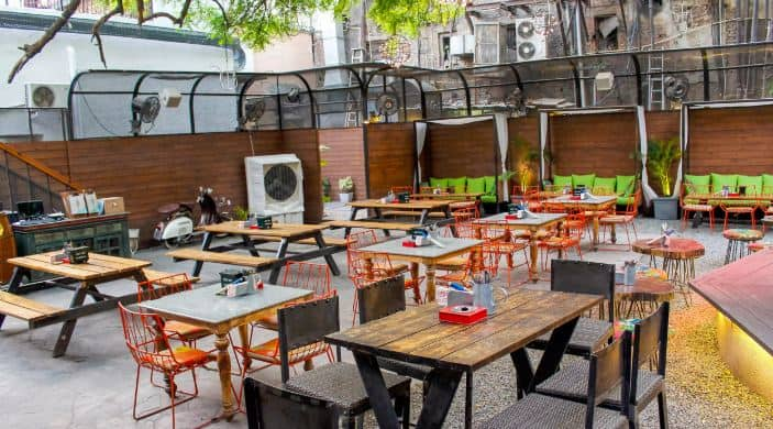 terrace party at unplugged courtyard