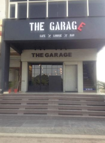 the garage a perfect corporate party place