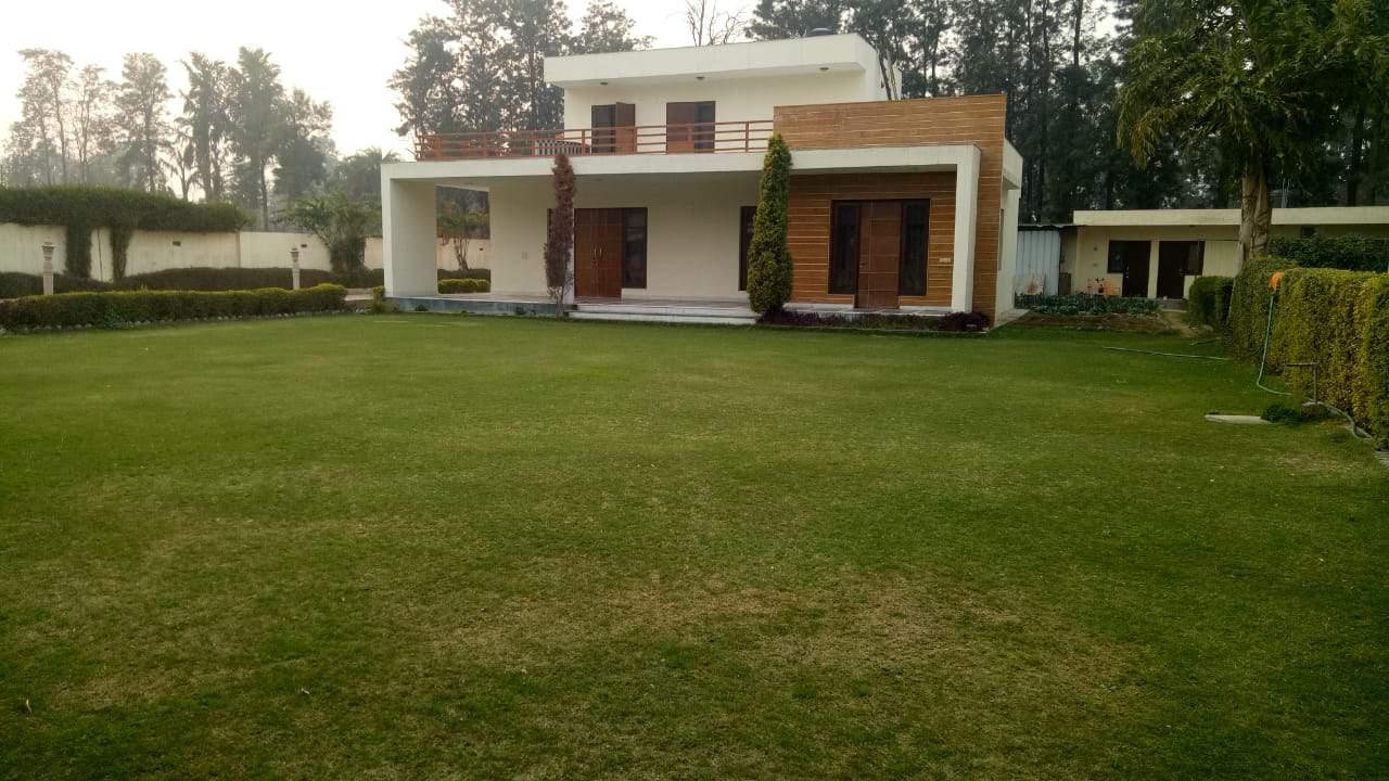 Chattarpur Farmhouse 2002