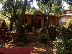 House 8221MU Azad Nagar