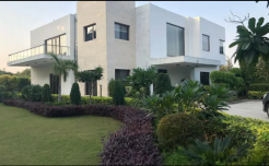 Farmhouse 509 Mathura Road