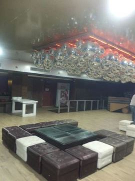 5 C R Lounge Alambagh