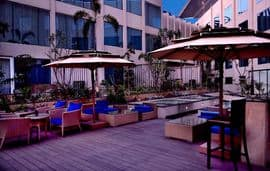 Aire Skybar And Grills - Crowne Plaza Jaipur Tonk Road