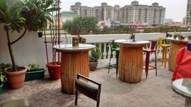 Nowhere Terrace Brewpub Cafe DLF Phase 4