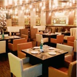 Selfie Lounge Restro & Bar Pitampura