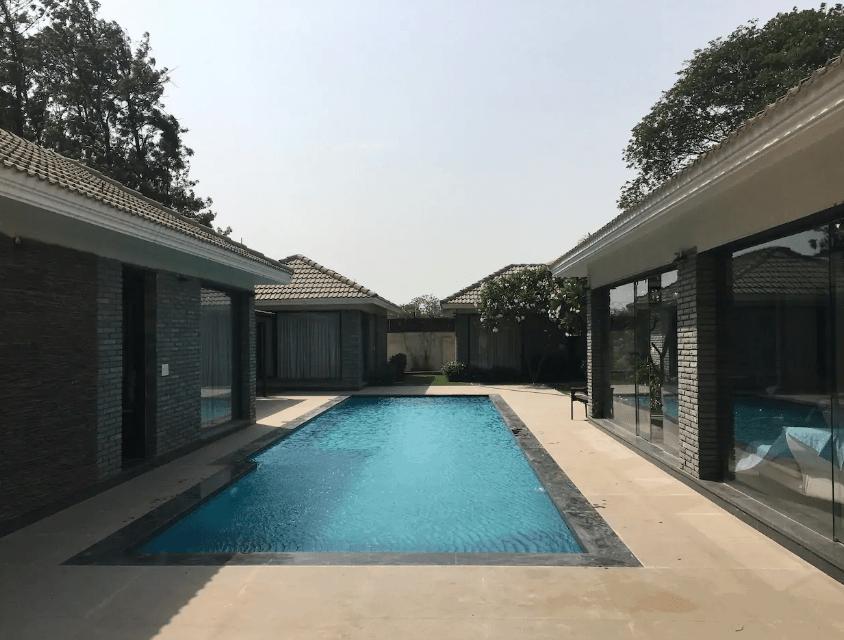 Villa 1111 Chattarpur Chattarpur